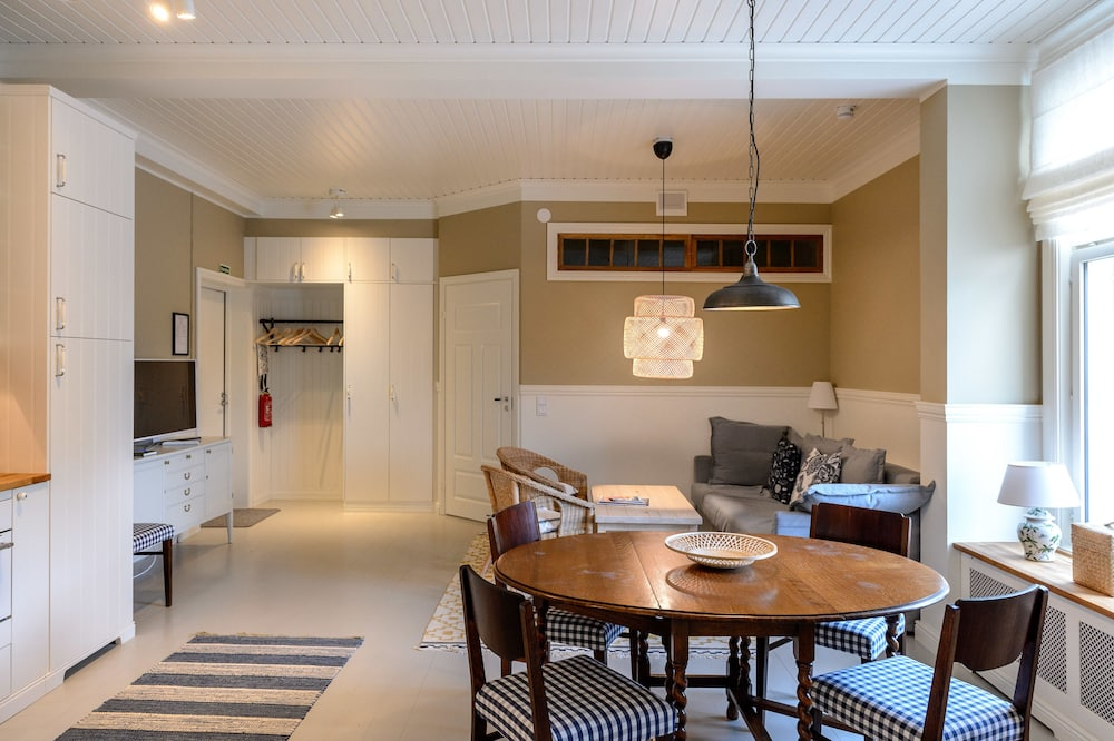 A4 One bedroom apartment Hortensia, Bulevardi 19 (Private Bathroom) - Stofa