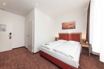Enter your dates to get the Dortmund hotel deal