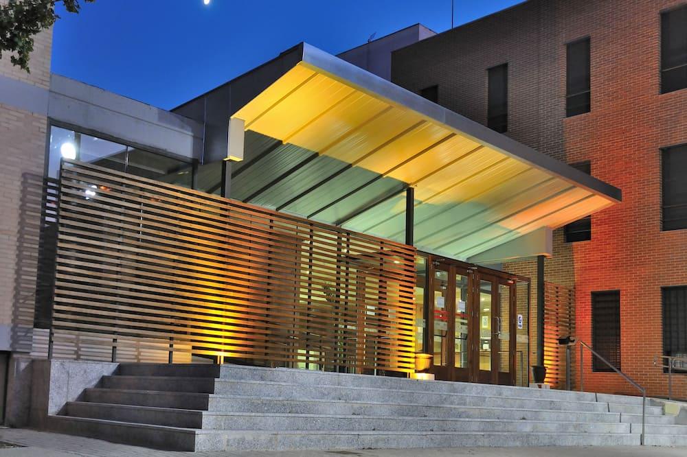 Residencia Universitaria Giner de Los Ríos