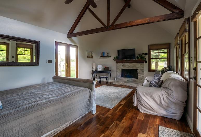 Apple Orchard Inn, דורנגו, קוטג' פרימיום, שירותים צמודים, נוף להר (Liberty), חדר אורחים