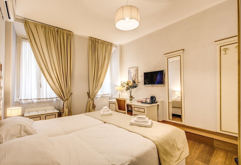 Gravina Suite Frattina, Rome, Double or Twin Room, Guest Room