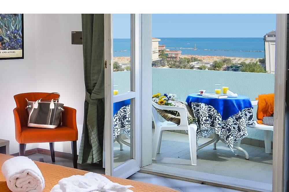 Standardní pokoj s dvojlůžkem nebo dvěma jednolůžky, výhled na moře - Balkón