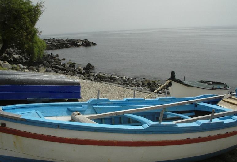 B&B di Charme Camelie, Riposto, Boating