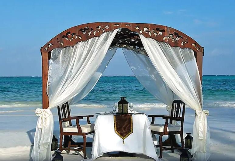 The Palms Zanzibar - All Inclusive, Dongwe, Beach