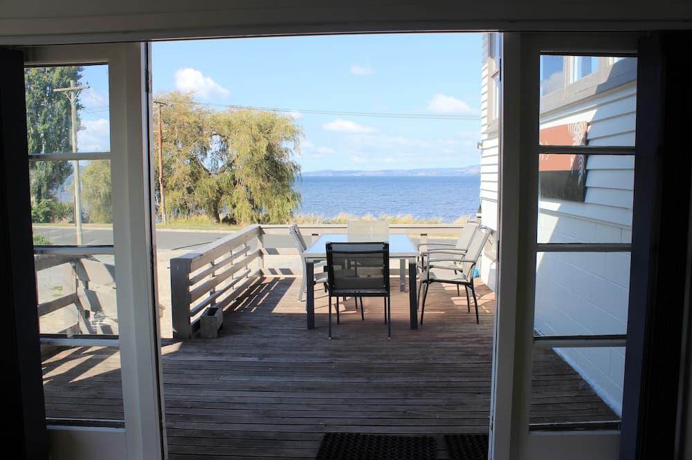 Whole Lodge (5 Bedrooms) - Terrace/Patio
