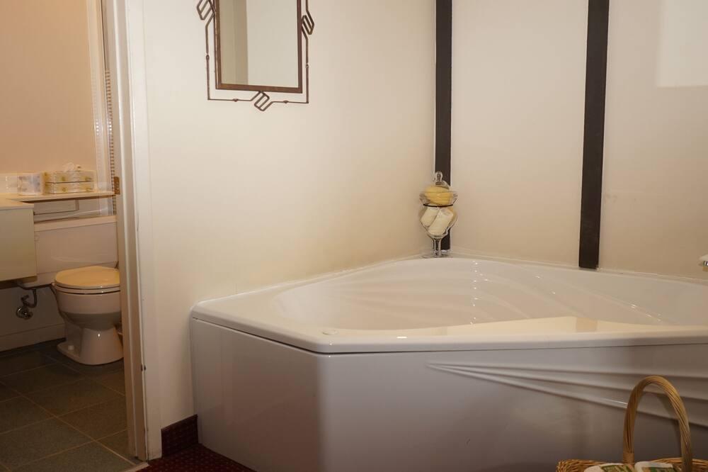 Paaugstināta komforta numurs, 1 divguļamā karaļa gulta, kamīns - Privātā spa vanna