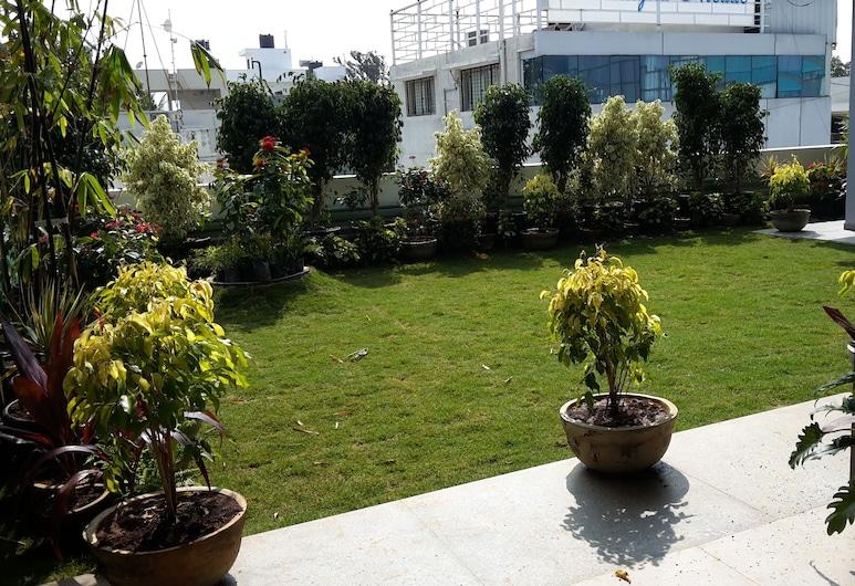 Ixora Suites, Bengaluru, Terrace/Patio