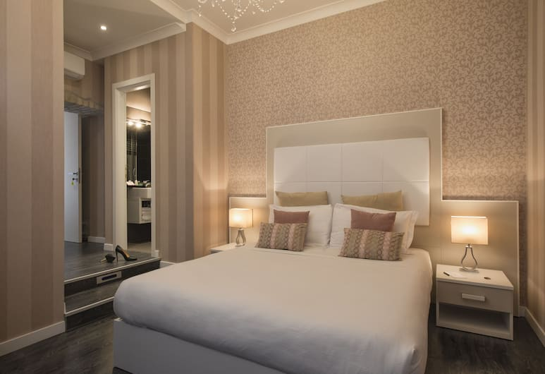 San Pietro Suites, Rome, Standard Double Room, City View, Guest Room