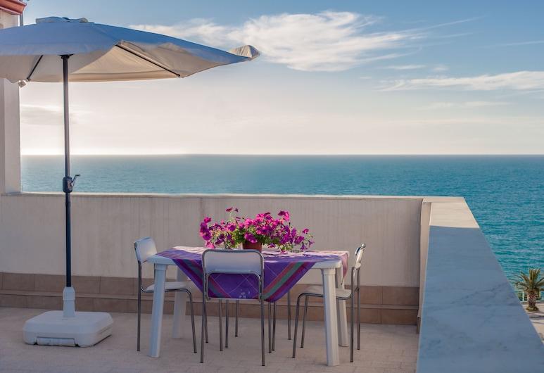 Residenza Biondo, Trappeto, apartman, 1 hálószobával, terasz, Terasz/udvar