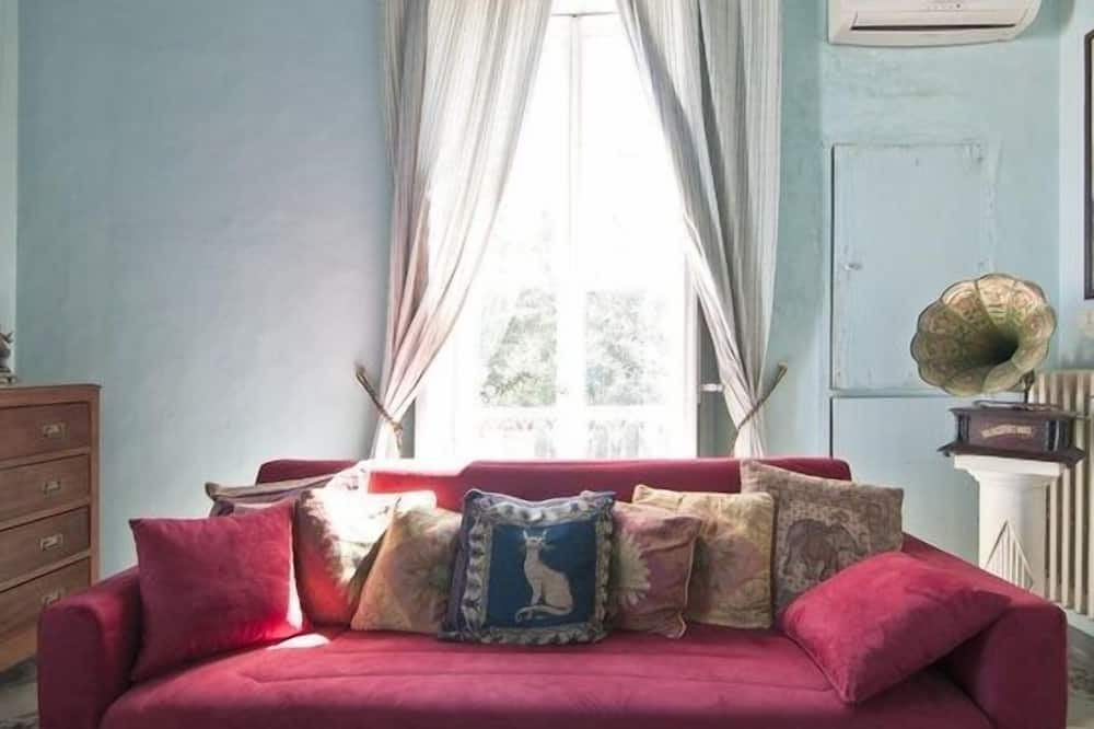 Panoramic Double Room, 1 Bedroom, Non Smoking - Living Area