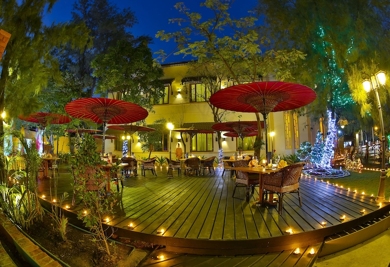 Hotel Amazing Mandalay, Mandalay, Terrasse/Patio