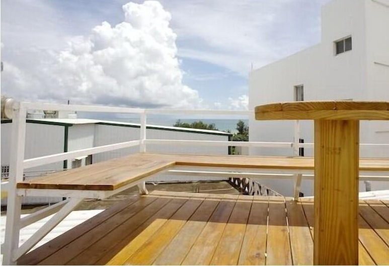 Kenting Hostel, Hengchun, Dvojlôžková izba, balkón, výhľad na more, Terasa