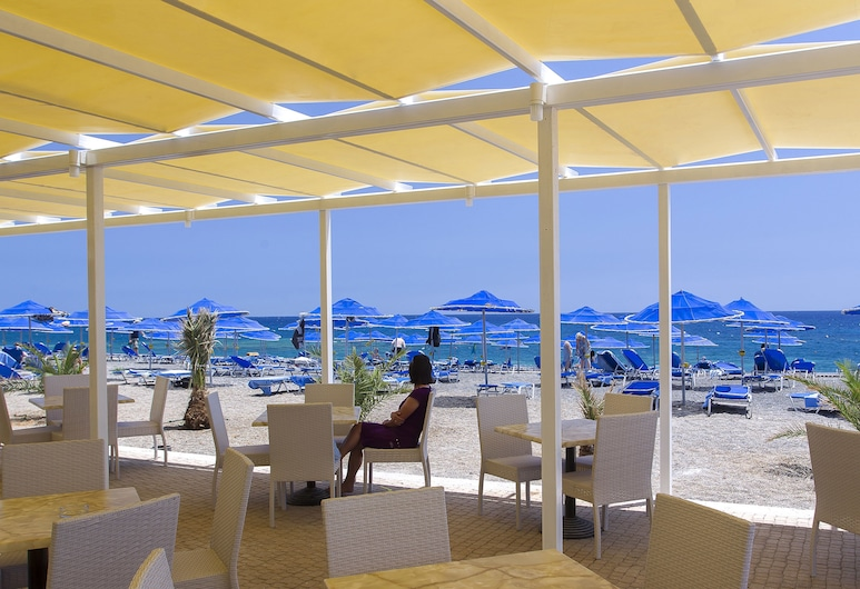 Sunshine Crete Beach - All Inclusive, Ierápetra, Restaurante al aire libre
