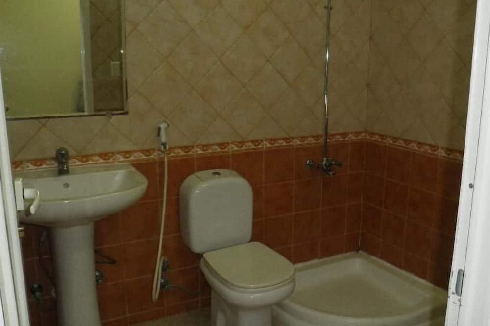 Apartment, 2 Schlafzimmer - Badezimmer