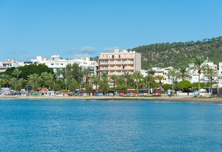 The Red Hotel by Ibiza Feeling - Adults only, Sant Antoni de Portmany, Strand