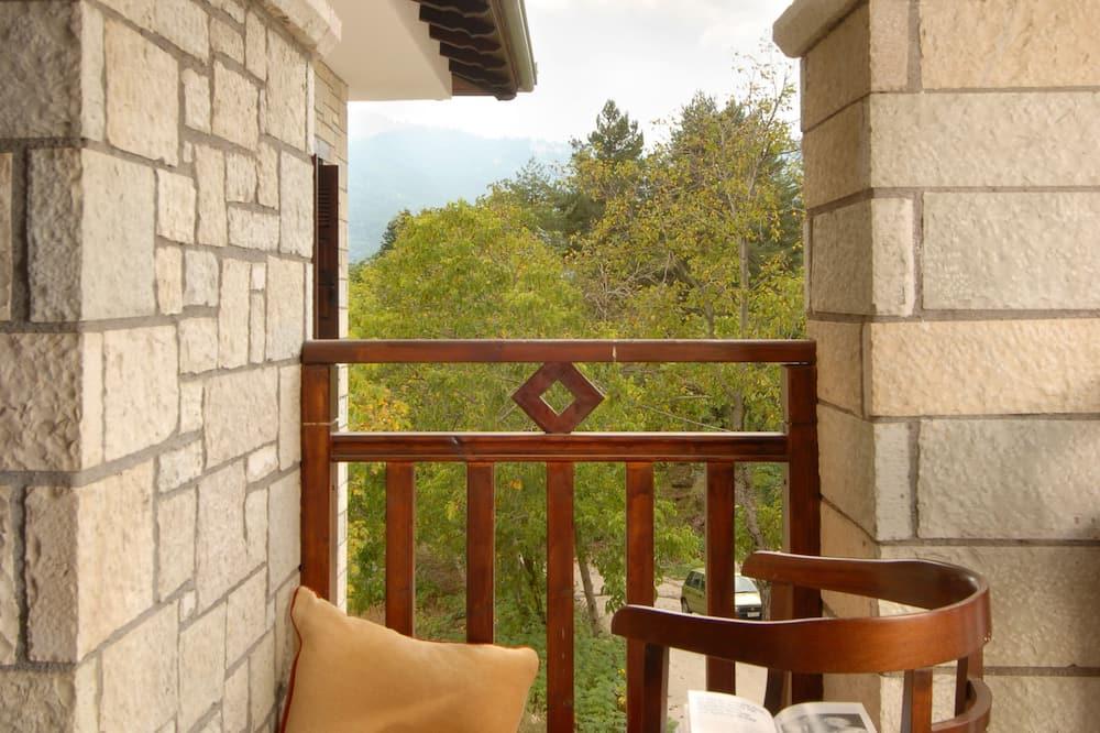 Quarto Quádruplo, Lareira - Terraço/Pátio Interior