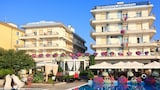 Choose This Luxury Hotel in Jesolo