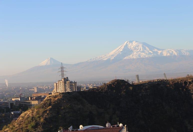Hotel Grig, Yerevan, Uitzicht op bergen