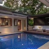 Villa Macaque and Villa Languor