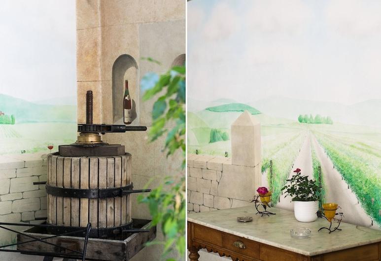 Le Petit Tertre - Chambres d'hotes, Dijon, Íbúð - 1 svefnherbergi - útsýni yfir port, Útsýni úr herbergi