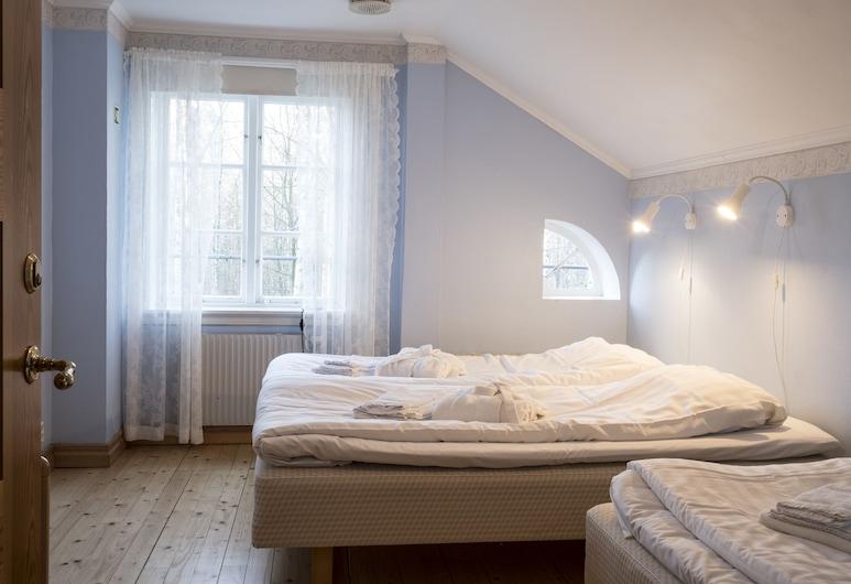 Nordiska Bed & Breakfast, Kungalv, Basic Twin Room, Shared Bathroom, Guest Room