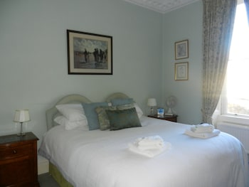 Picture of Brocks Guest House in Bath