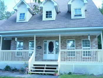 Picture of Connemara Bed and Breakfast in Ottawa