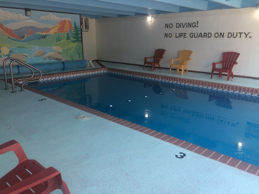 Garden Of The Gods Motel, Colorado Springs, Indoor Pool Nice Design