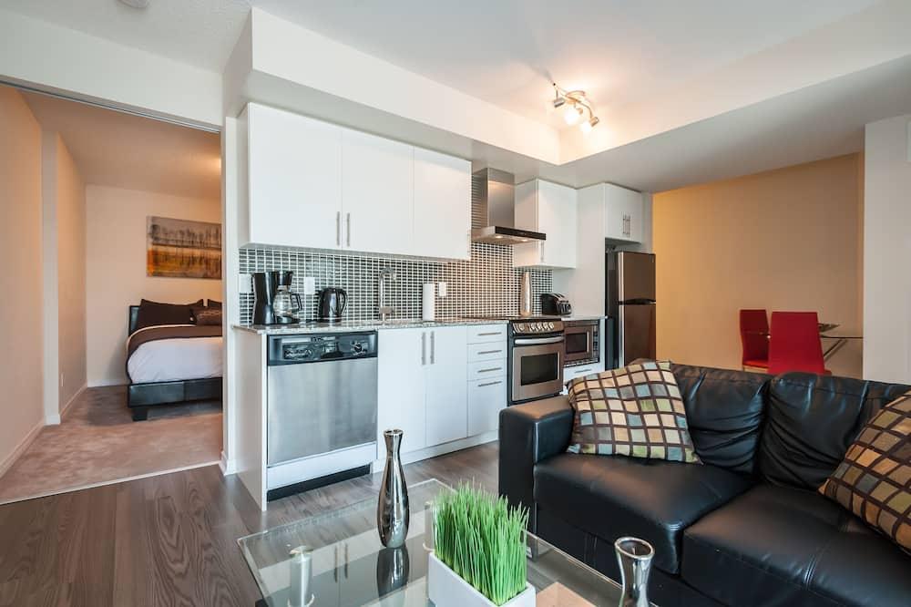 อพาร์ทเมนท์, 1 ห้องนอน, ระเบียง - พื้นที่นั่งเล่น