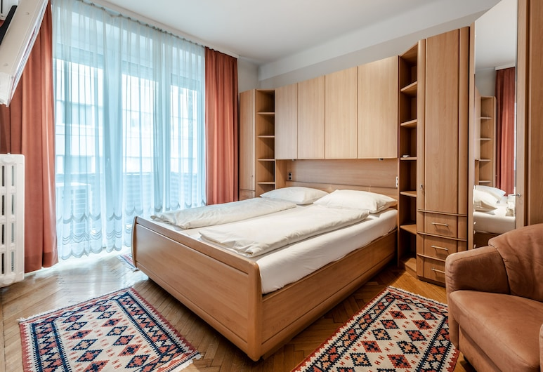 Central Apartments Vienna (CAV), Wenen, Appartement (Nr. 3), Kamer