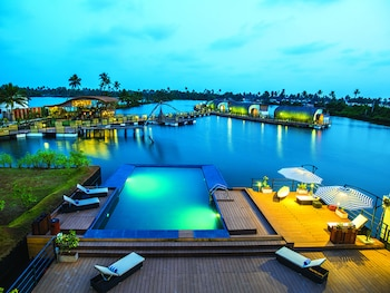 Picture of Aquatic Floating Resort in Cochin