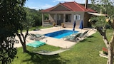 Choose this Villa in Zakynthos - Online Room Reservations