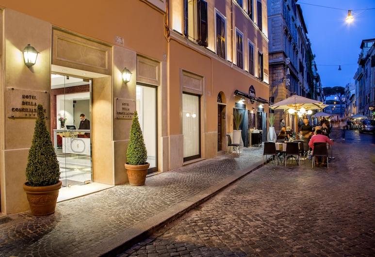 Hotel della Conciliazione, Rome, Terras