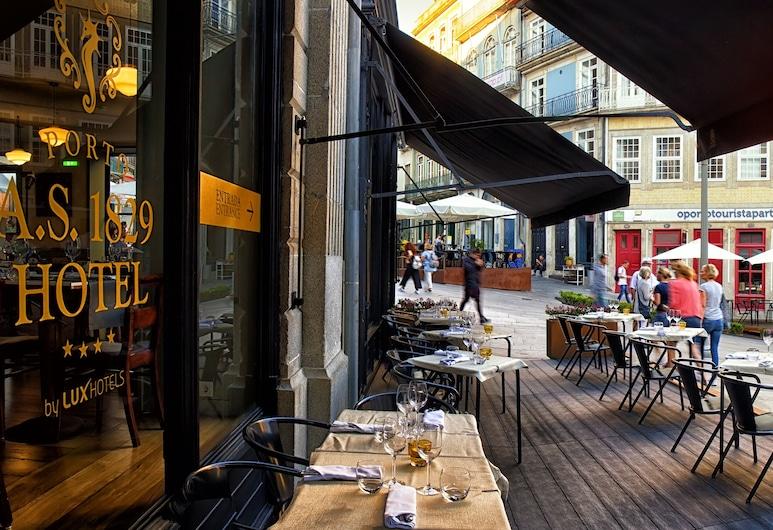 Porto A.S. 1829, Porto, Hotelový salónik