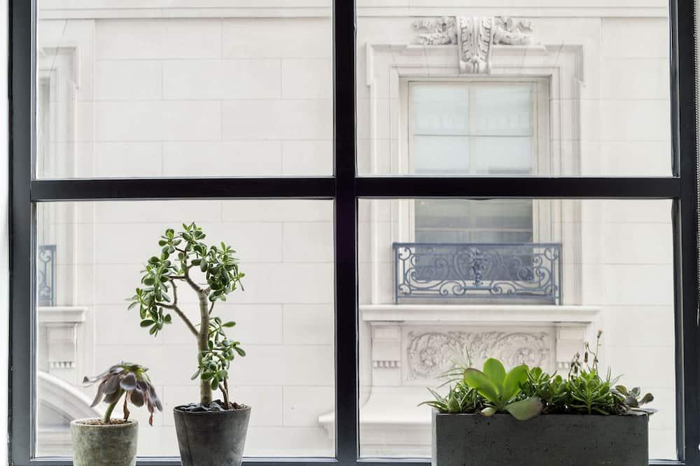 Апартаменты «Премиум», 1 спальня, кухня, вид на город - Вид из номера