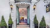 Choose This Business Hotel in Carmel -  - Online Room Reservations