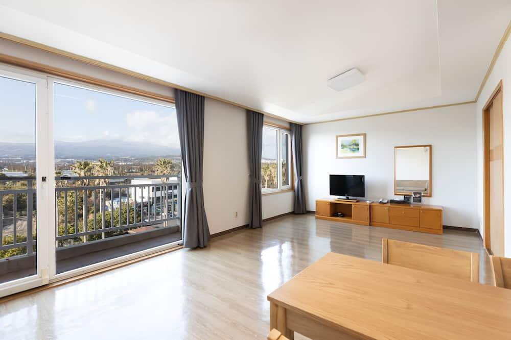 Deluxe-huone, 2 makuuhuonetta, Vuoristonäköala (Premier) - Oleskelualue