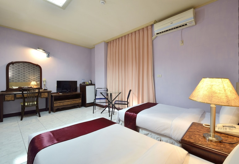 Jiuning Business Hotel, Tainan, Twin Room, Guest Room
