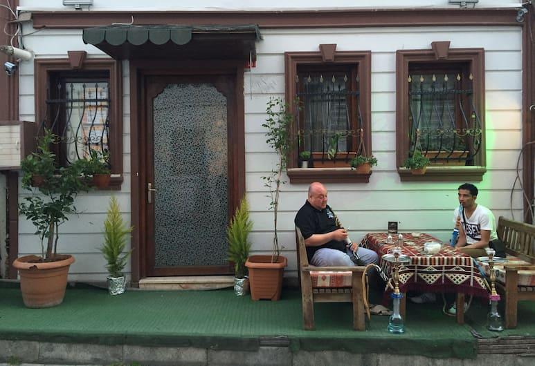 Peteks Hotel, Istanbul, Vista dall'hotel