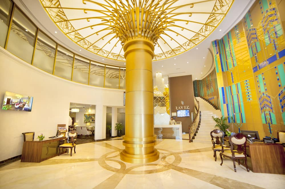 Raviz Center Point Hotel, Dubai