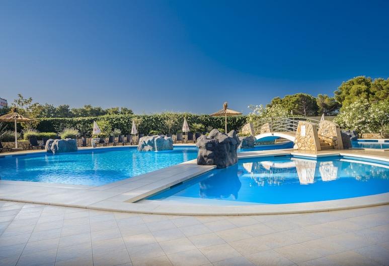 Matilde Beach Resort, Vodice, สระว่ายน้ำ