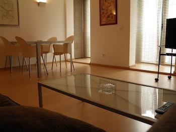 巴塞隆納聖喬迪豐塔內拉公寓的相片