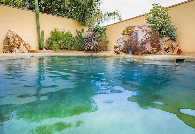 Arohaz Hotel & Restaurante, Barbate, Outdoor Pool