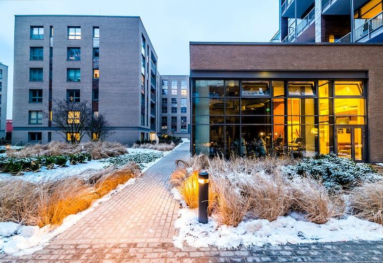 Qbik Loft Aparts, Varsova, Majoitusliikkeen julkisivu