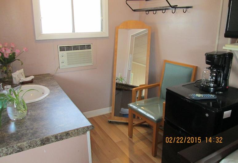 Motel Jann, Quebec, Standard Room, 1 Queen Bed, Reception