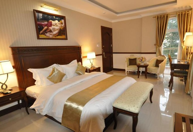 Boutique Garden Hotel, Ho Chi Minh City, Deluxe Double Room, 1 Queen Bed, Balcony, Park View, Guest Room View