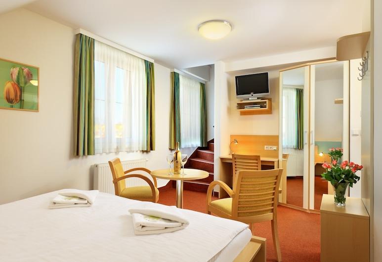 ペンジオン クルムロフ - B&B ホテル, チェスキー クルムロフ, 4 人部屋 2 ベッドルーム, 子供用のテーマ ルーム