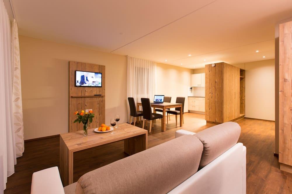 Studio Confort, 1 chambre, accessible aux personnes à mobilité réduite, vue montagne - Coin séjour