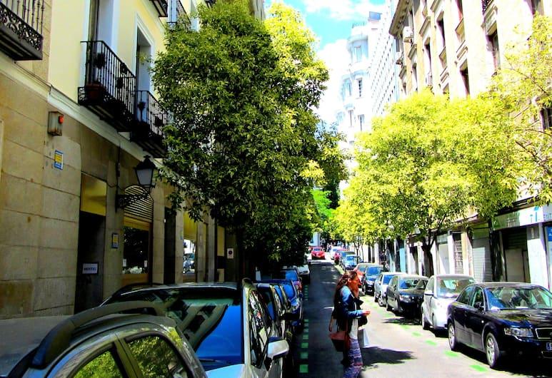 Hostel Era Alonso Martinez, Madrid, Bagian luar