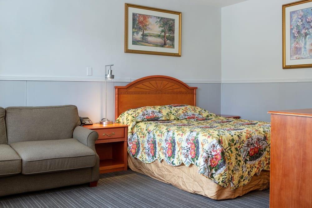 غرفة بريميم - سرير كبير - منطقة المعيشة